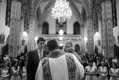 Capa do álbum do Wedding de Clara e Flávio fotografados por Rafael Bigarelli Fotógrafo de casamento