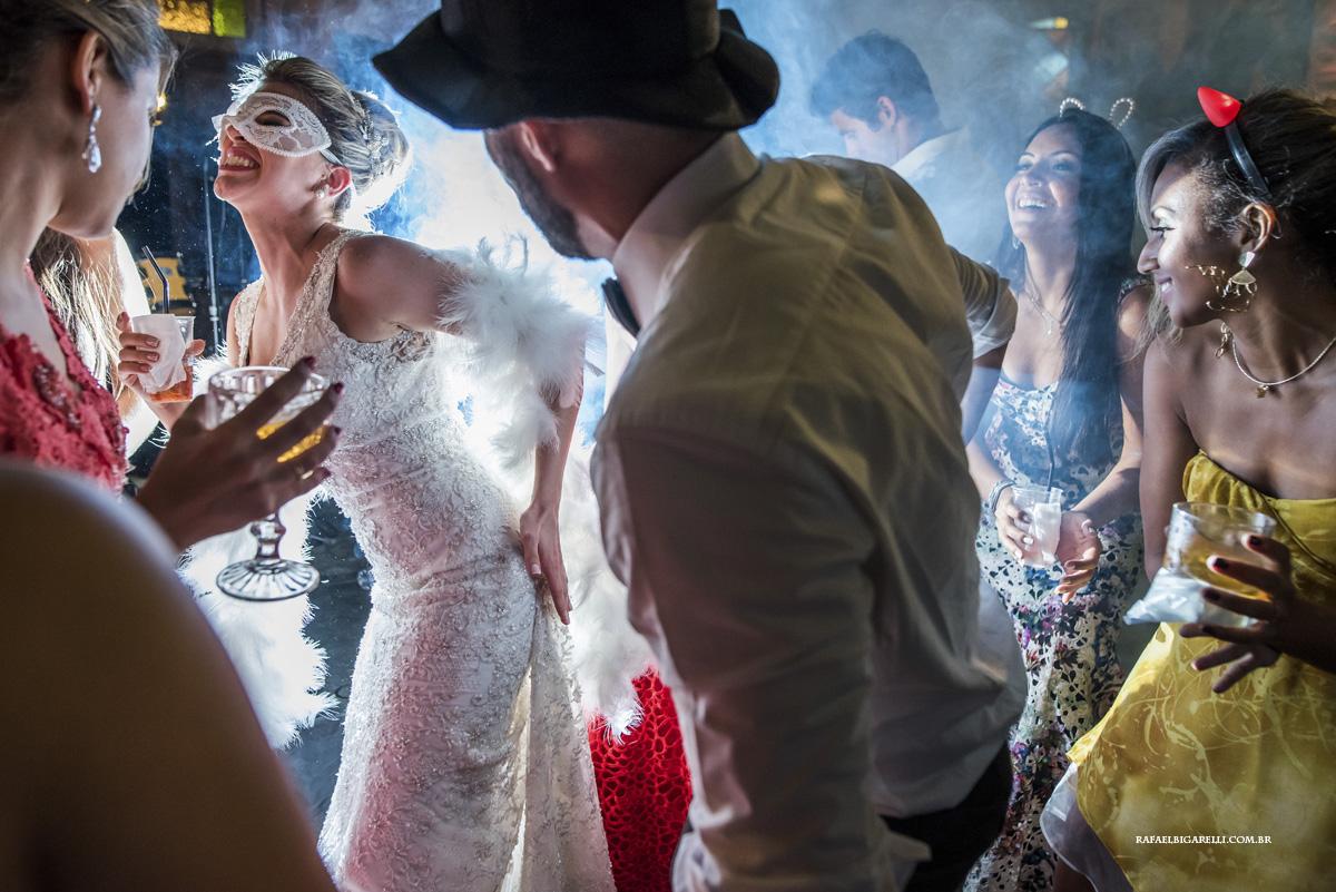muita energia na festa de casamento