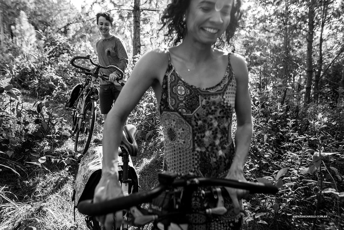 ensaio pre casamento com bicicleta em florianopolis