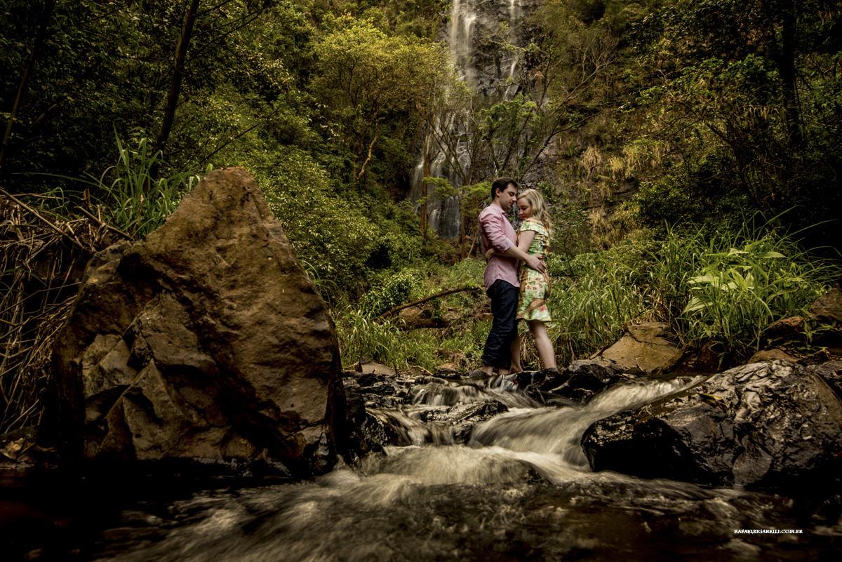 Capa do album das fotos do Pré - Wedding de Carol + Matheus