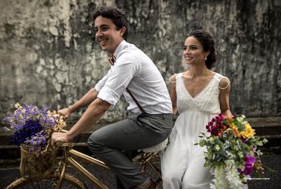 Capa do álbum do Wedding de Isis + Fabrício fotografados por Rafael Bigarelli Fotógrafo de casamento