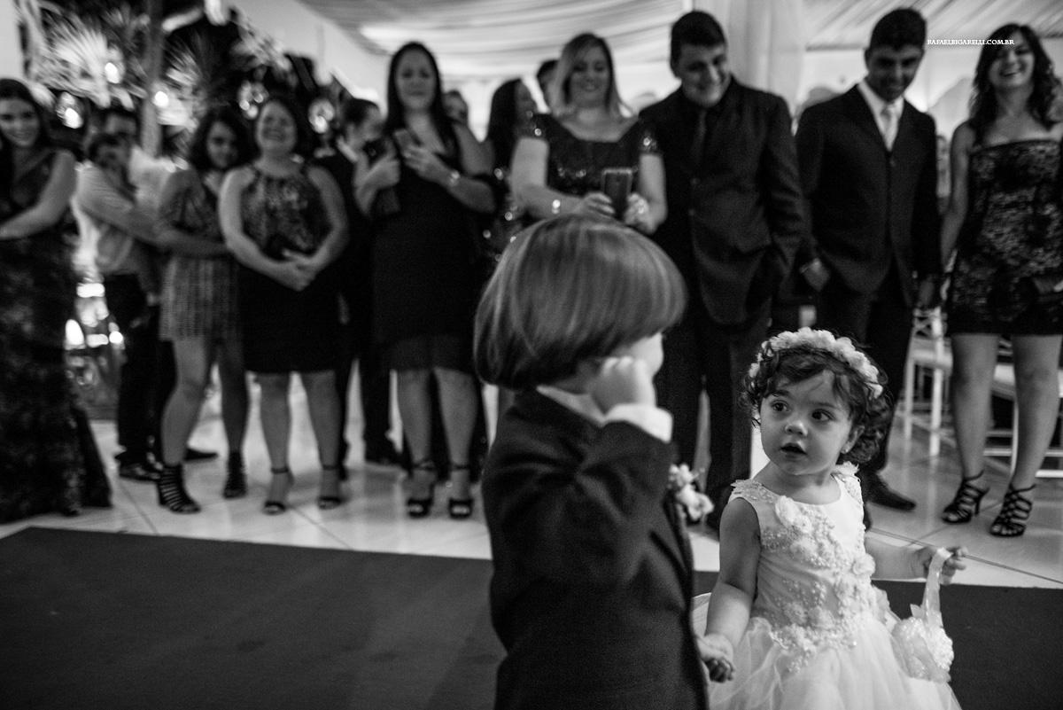 entrada dos pagens no casamento