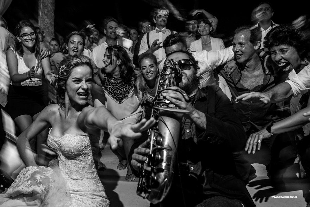 saxofone no casamento em Buzios