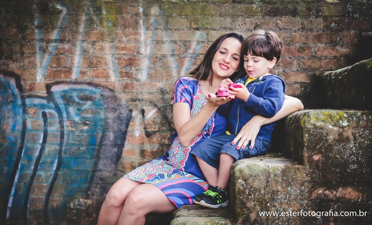 Fotografia de gravida com irmão