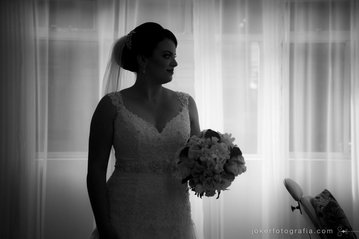 noivas que gostam de fotografia em preto e branco vão adorar esta inspiração