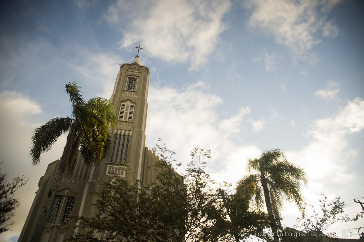 igreja são vicente de paulo, que fica no largo da ordem em curitiba, como opção para casamentos