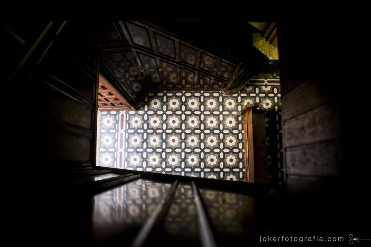 Fotógrafo registra detalhes da Igreja São Vicente de Paulo em Curitiba