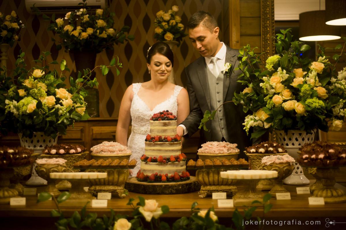 mesa dos noivos e decoração no bamboo em curitiba