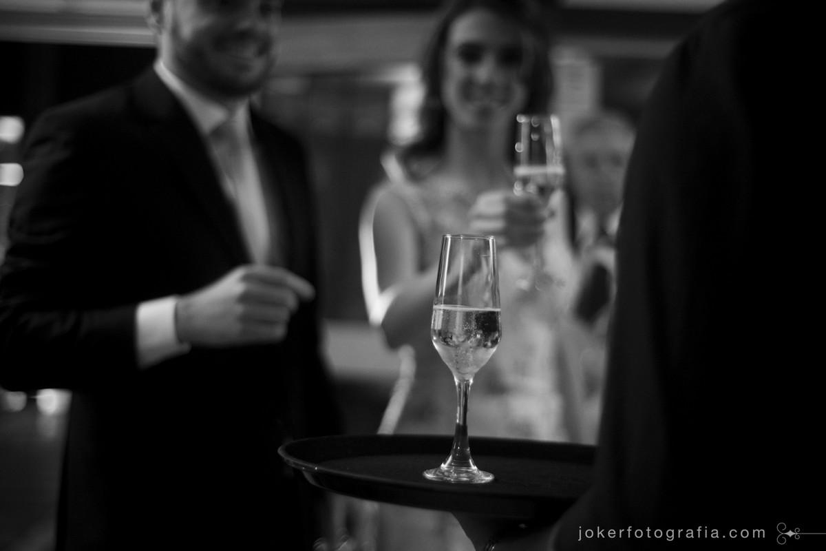 brinde dos noivos no dia do casamento