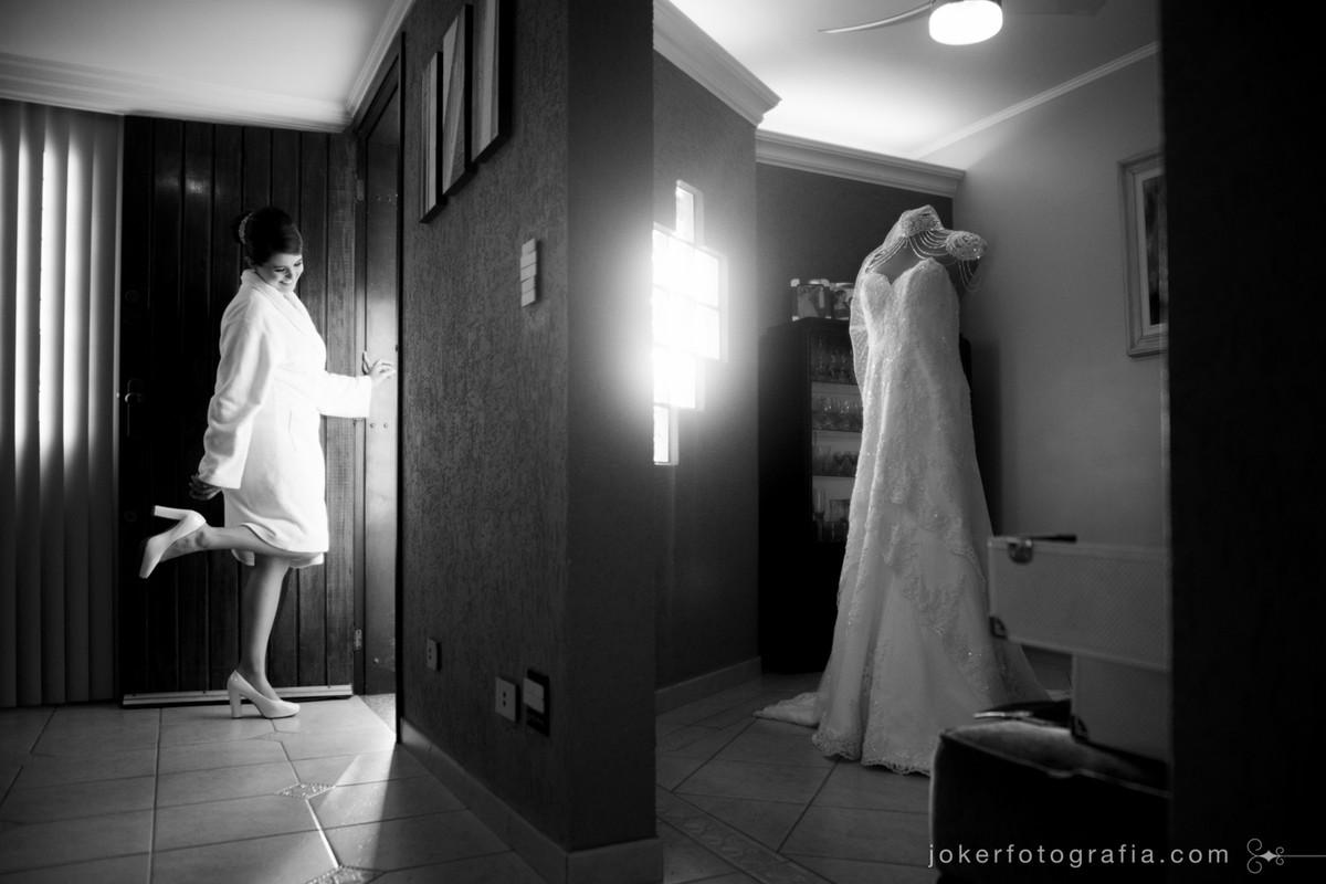 fotógrafo de curitiba registra o vestido da noiva em fotografia premiada