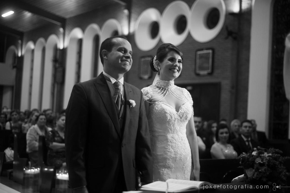 fotógrafo de casamento na igreja do cristo rei em curitiba