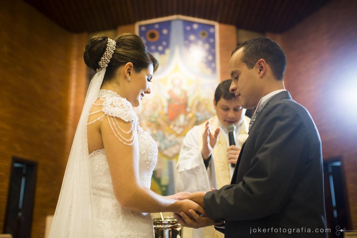 Igrejas para casar em curitiba pelos fotógrafos de casamento Roberta e Juliano