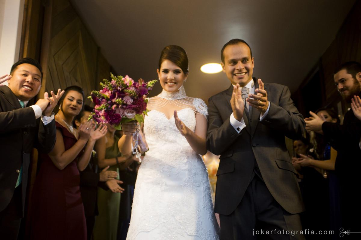 saida dos noivos na igreja do cristo rei