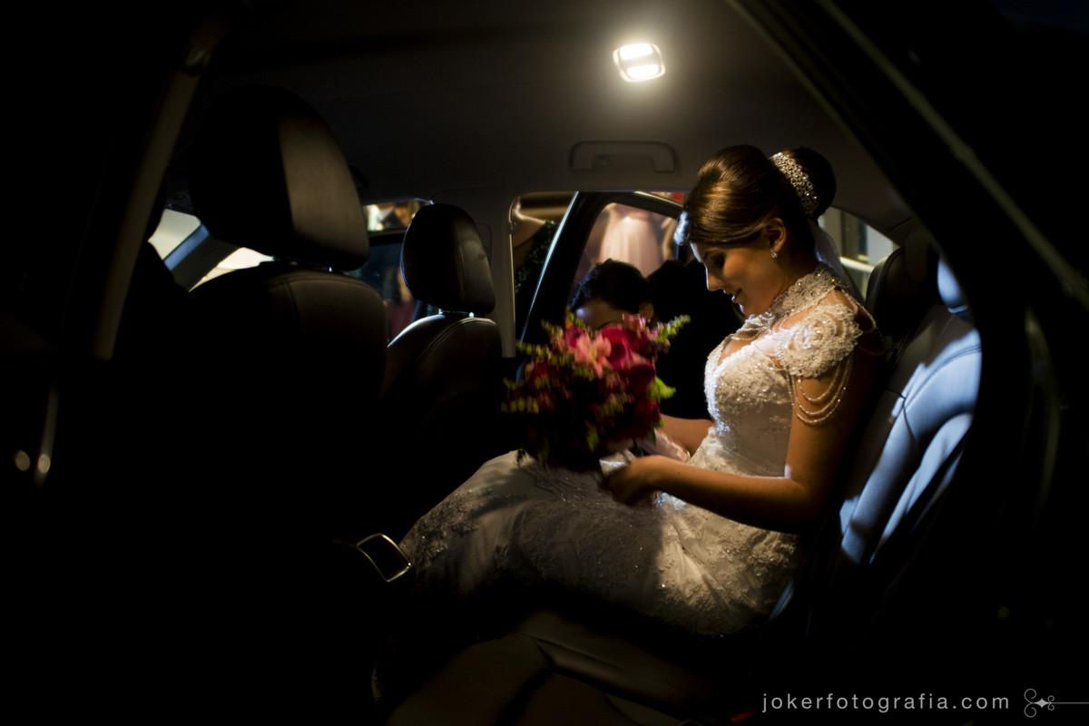 super carro da noiva no dia do casamento