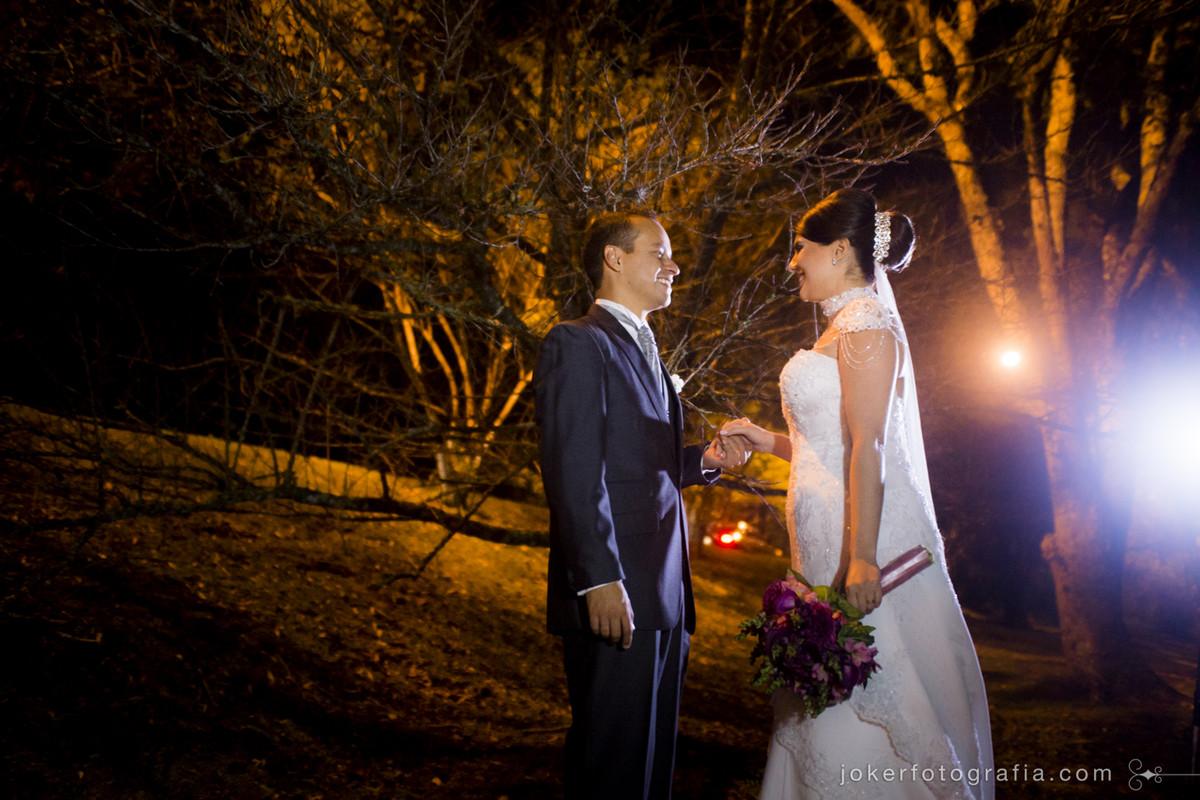 first look para o dia do seu casamento onde o noivo ve a noiva pronta