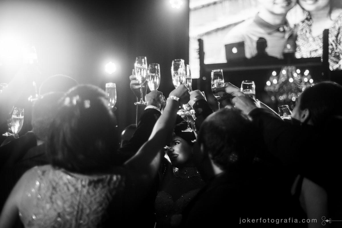 fotojornalismo no brinde de casamento