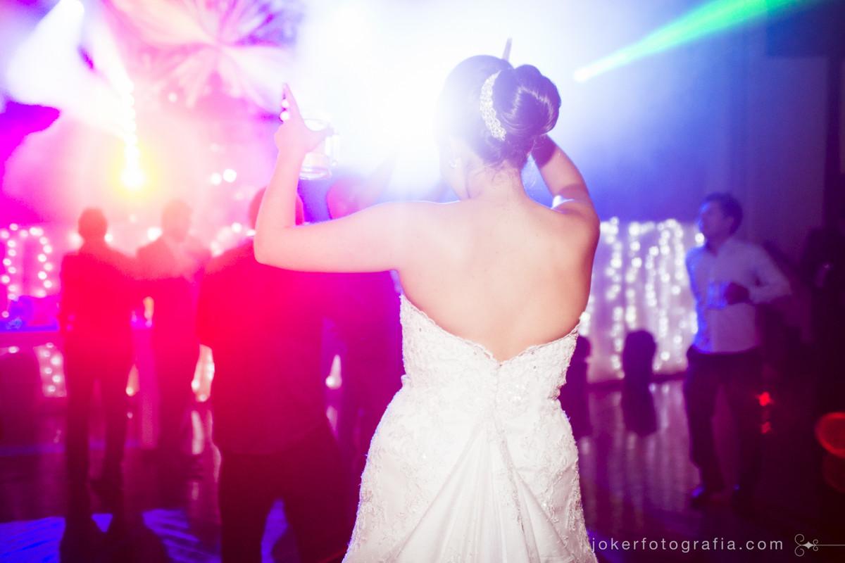 noiva no baile