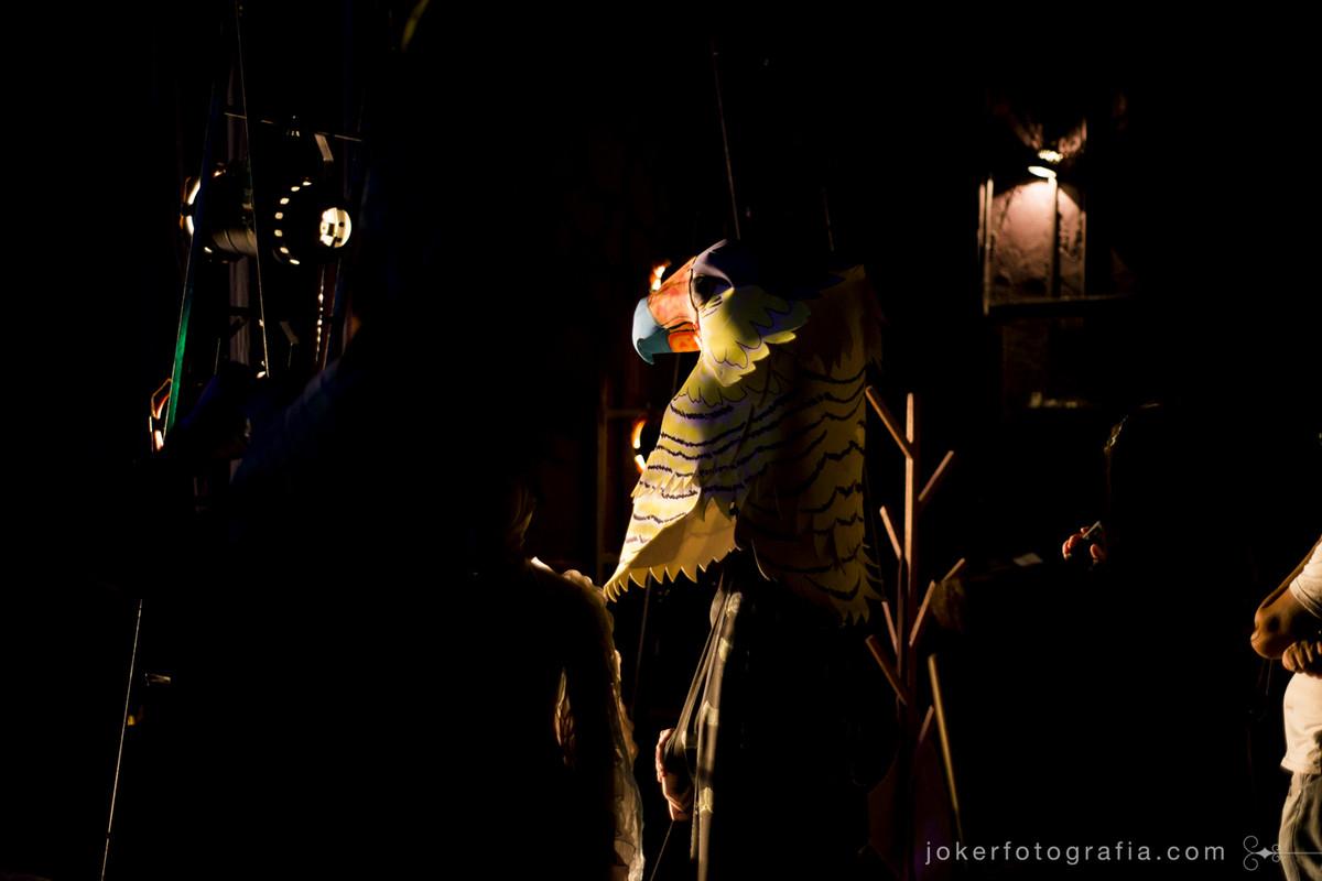 bastidores e figurino da ópera