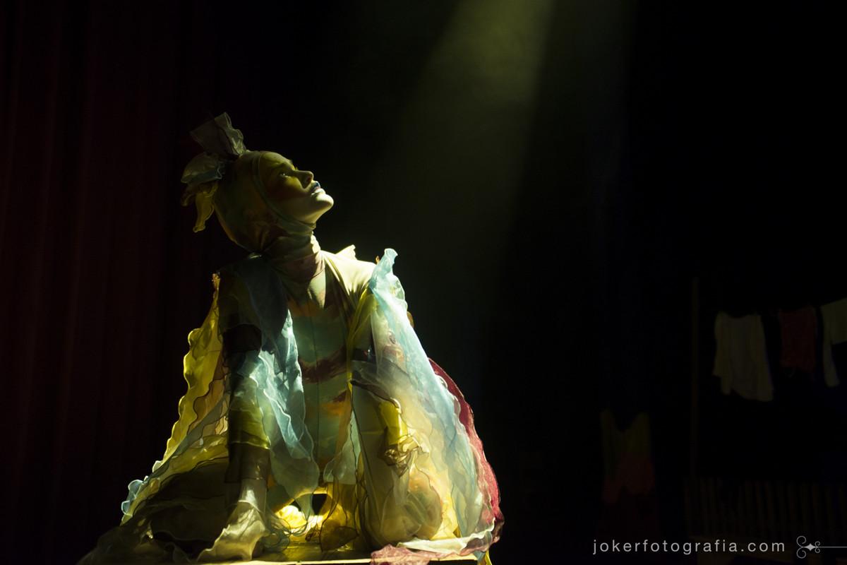 Fotógrafo de Bailarinos do teatro Guaíra faz ensaio temático