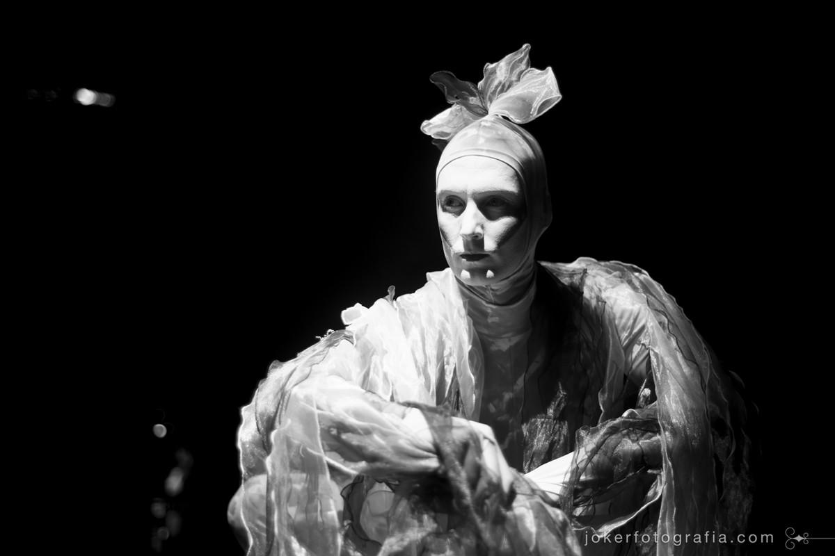 Fotógrafo de espetáculo registra os bastidores em projeto de fotografia de bailarinos