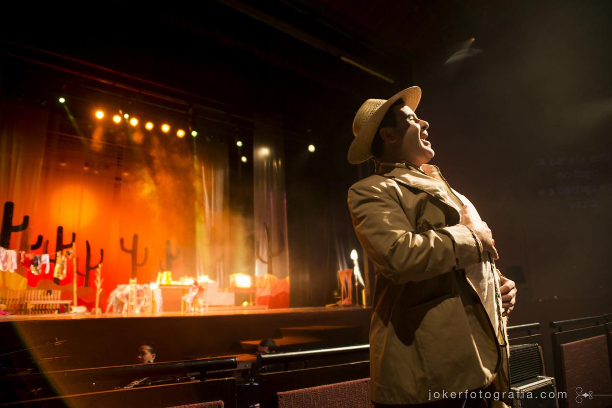 Fotógrafo de teatro em Curitiba com técnica e experiência em apresentações teatrais