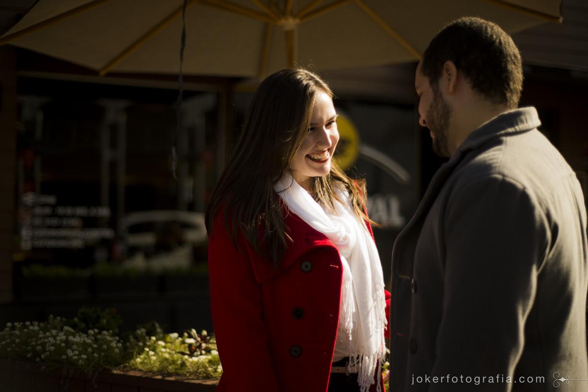 roupas para ensaio de casal no outono e no inverno