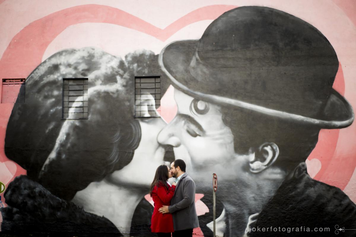 Graffiti de Charles Chaplin no Jardim Botânico de curitiba feito pelo artista Marcelo Diamant foto de Joker Fotografia