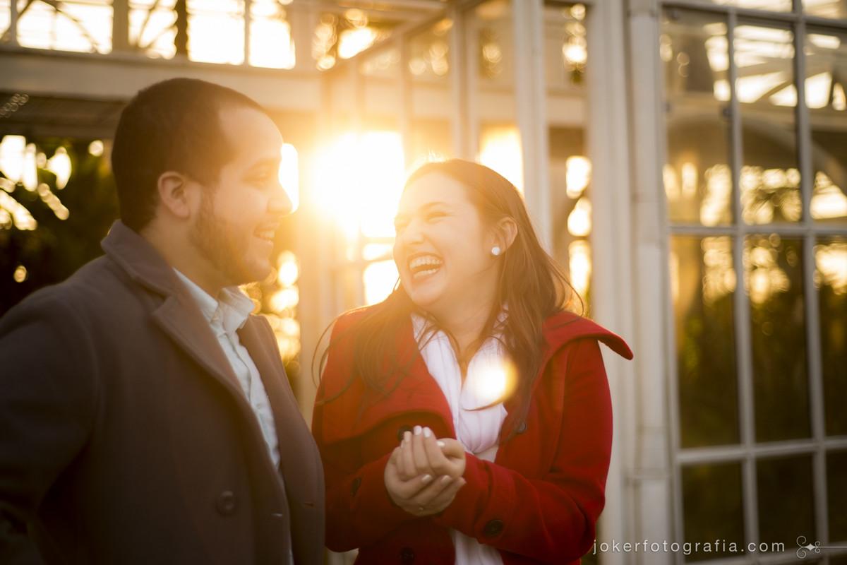 quando o casal é divertido e alegre isso reflete nas fotos