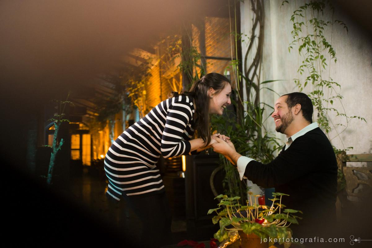 ela disse sim! fotógrafo registra pedido de noivado surpresa no hotel san juan johnscher em curitiba