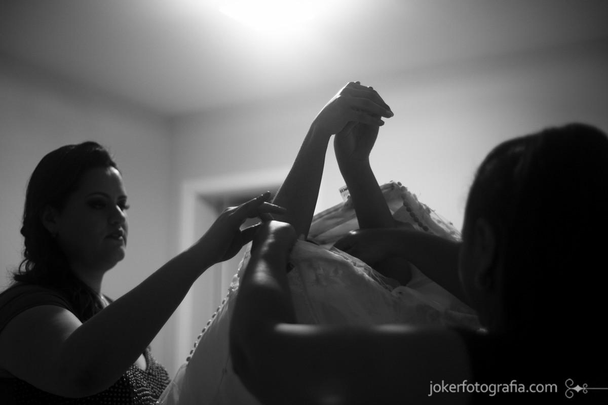 fotógrafa de casamento no making of da noiva