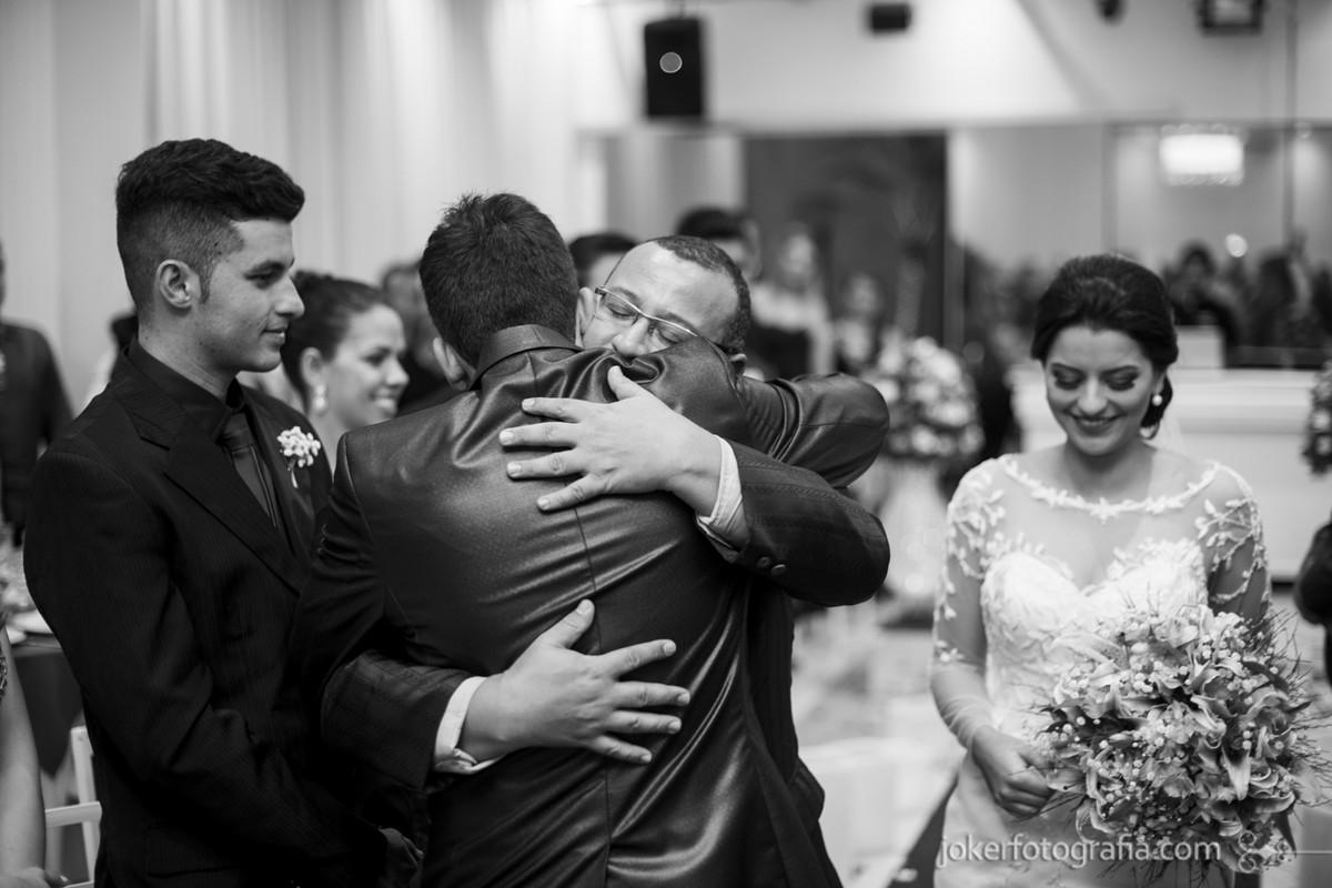 pai entregando a noiva