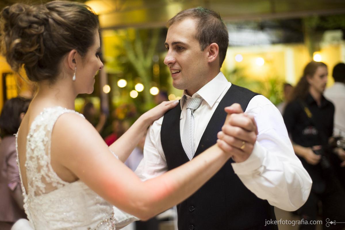 030-casamento_danca_dos_noivos_valsa_chacara_das_paineiras_curitiba_fotografo
