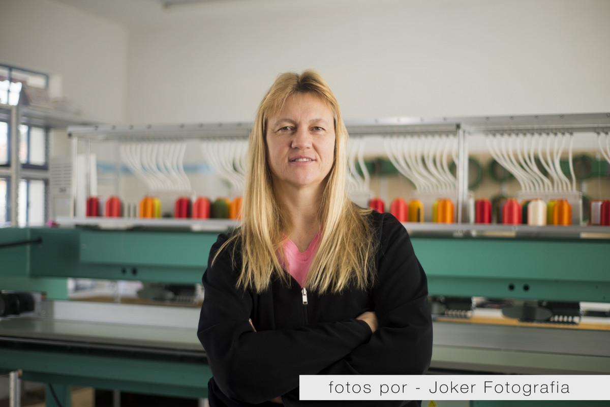 013_retrato_empresarial_perola_bordados_lena