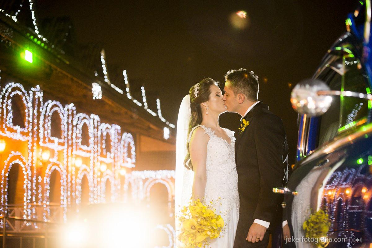 016_casamento_noivos_carro_antigo_durigan_santa_felicidade