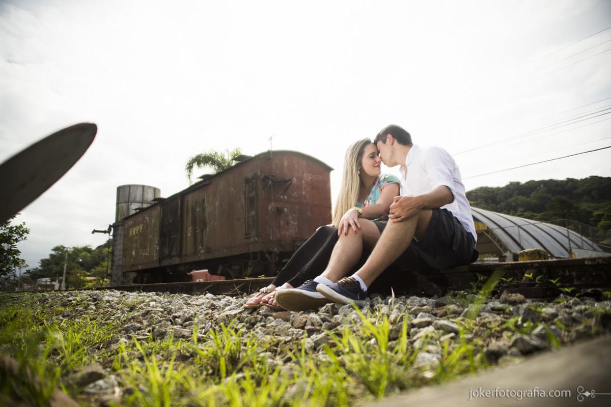 027-fotografia_casamento_curitiba_trem_ensaio_casal_rodoferroviaria