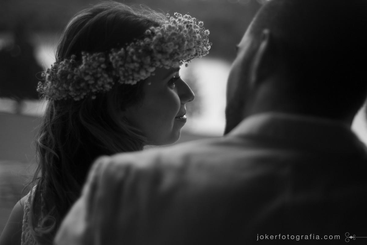 ensaio de casal em preto e branco joker fotografia
