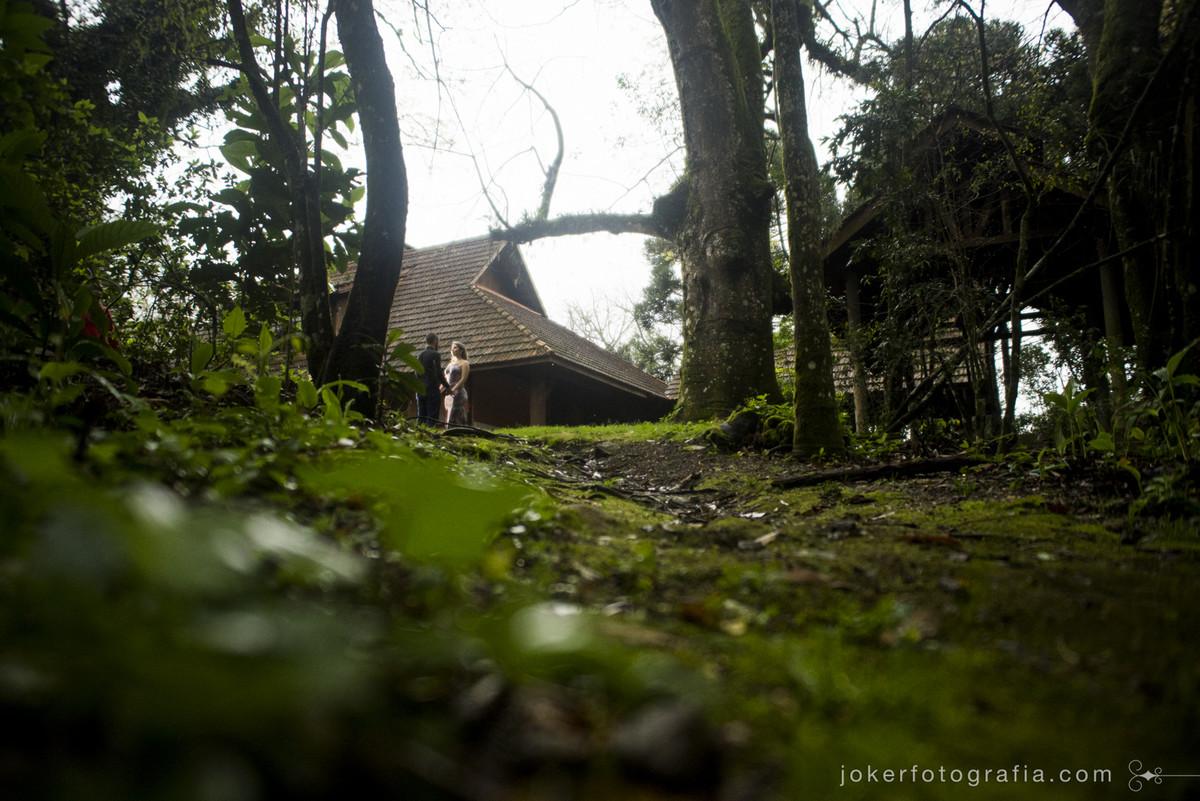 ensaio em bosque ensaio de casal pré casamento no clube santa monica