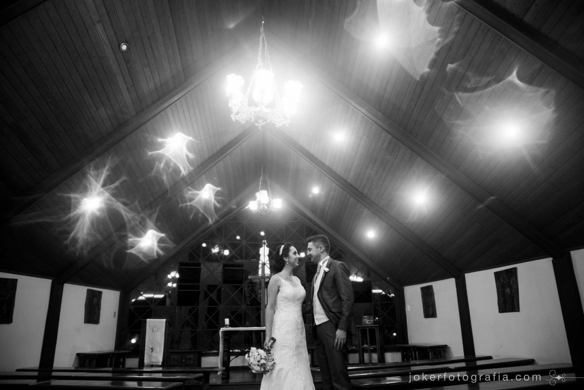 casamento em igreja pequena para poucos convidados em curitiba estilo mini wedding