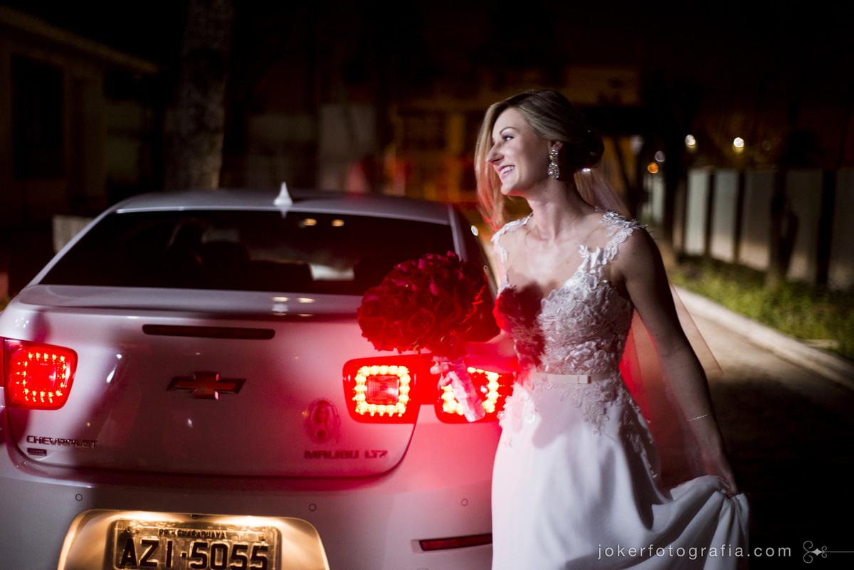 entrada da noiva na cerimonia religiosa em curitiba