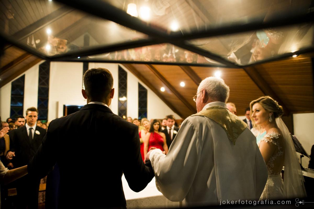 celebração de casamento na capela nossa senhora de salette em curitiba