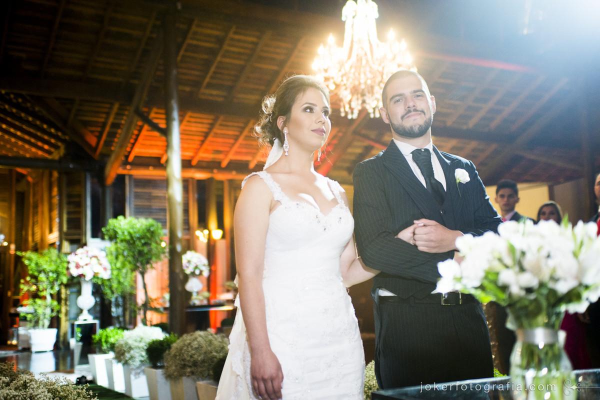 o que usar de iluminação em um casamento a noite