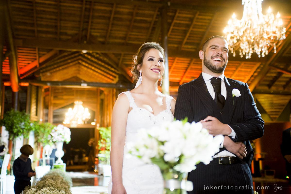 fotografia documental em casamento capta emoção sem poses