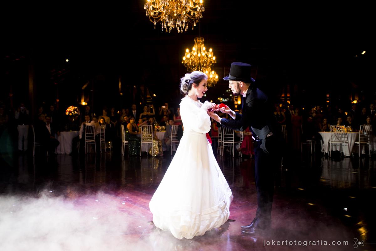 idéia de traje típico gaúcho para dança dos noivos diferente na região sul