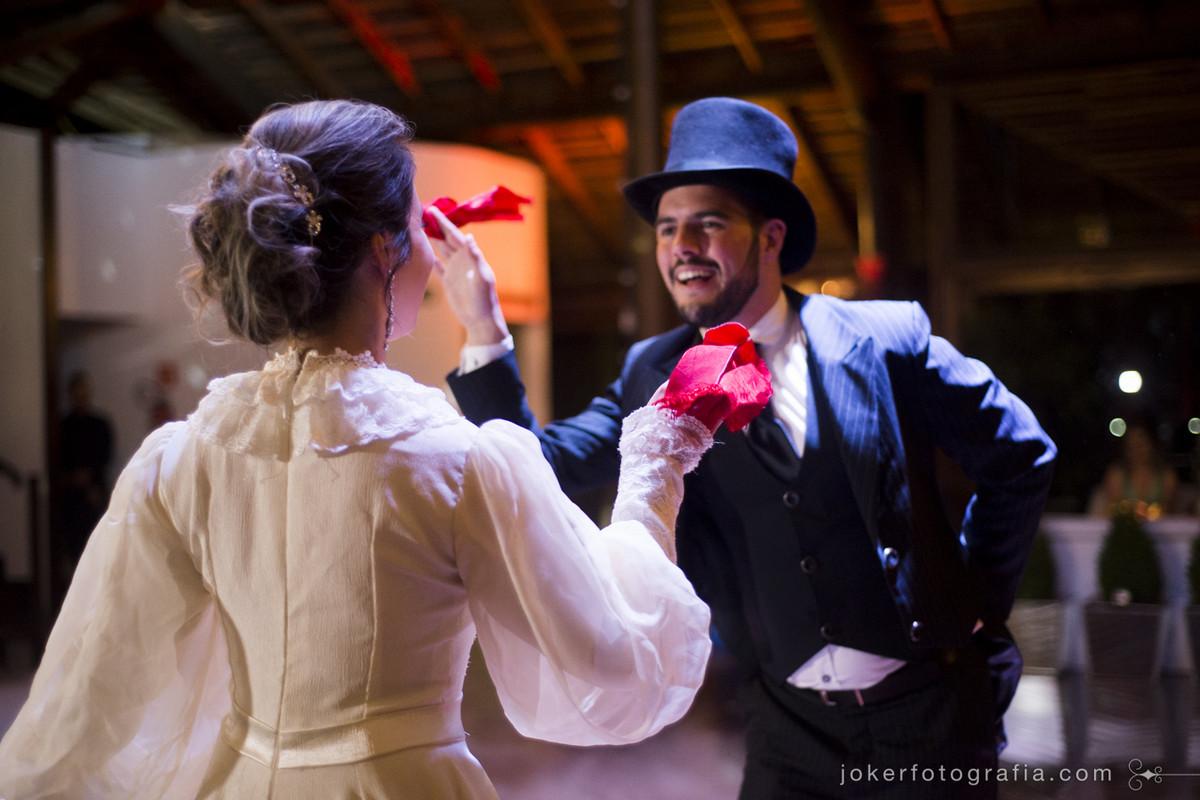 dança tradicional de CTG durante o casamento emociona convidados do rio grande do sul