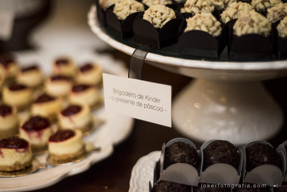 dierica atelier de doces faz brigadeiro de kinder e outros brigadeiros diferentes gourmet para casamento em curitiba