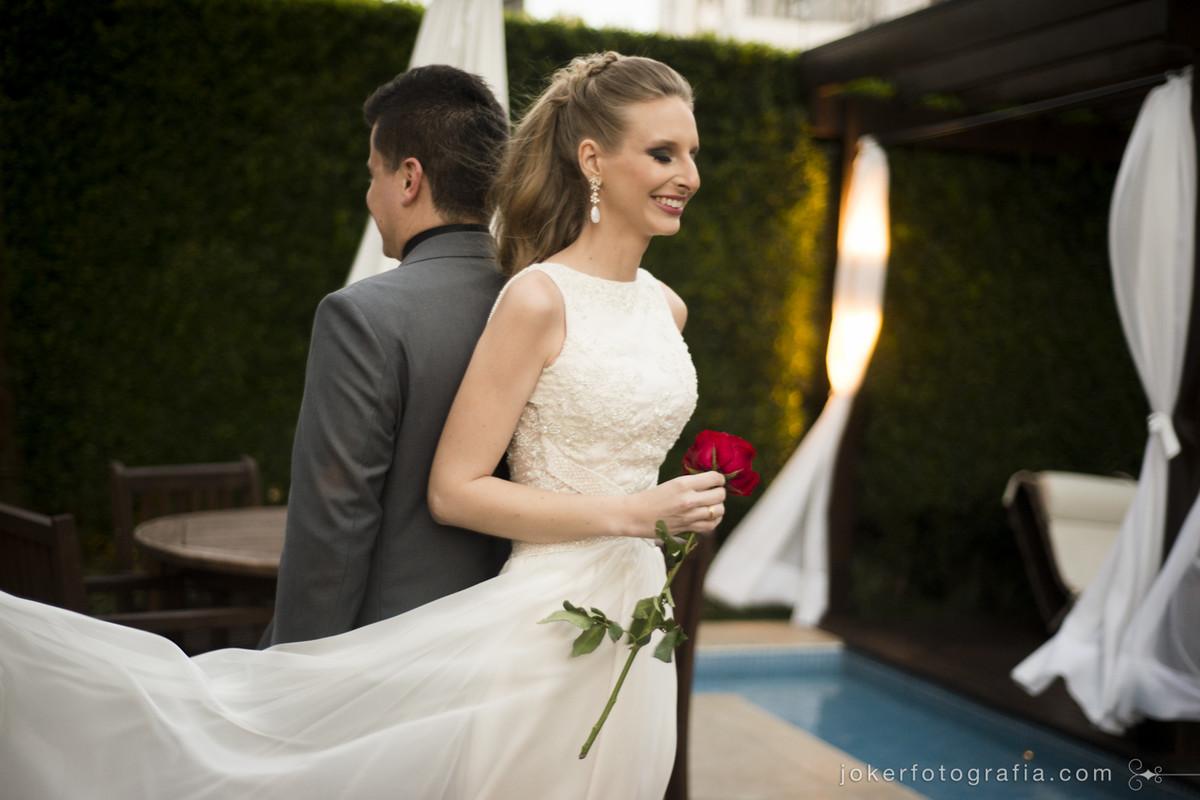 noivos antes de se verem fazem ensaio first look no dia do casamento