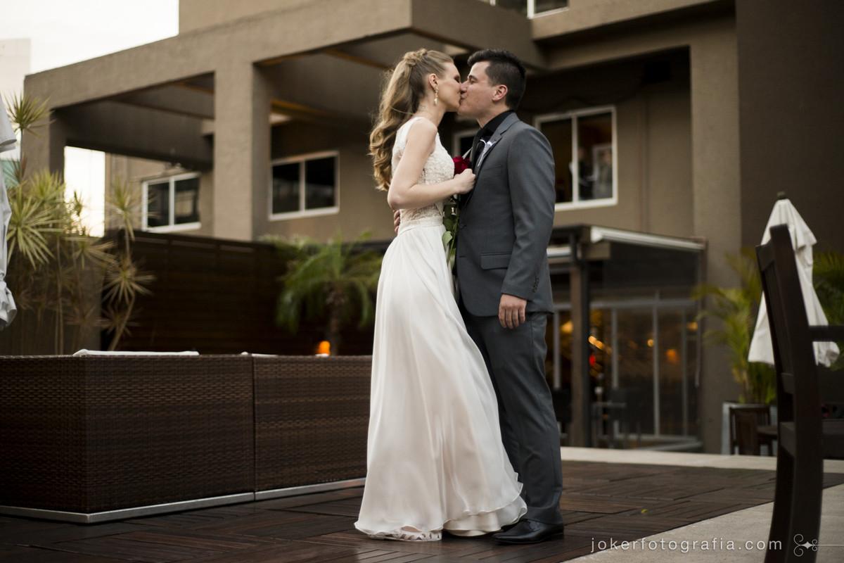 hotel full jazz em curitiba é cenário de casamento