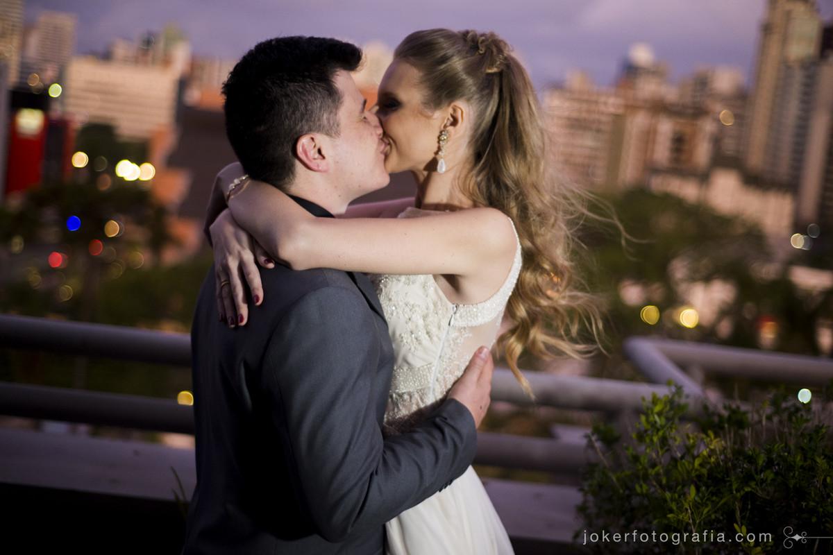 entre os melhores fotógrafos de casamento desta cidade está joker fotografia