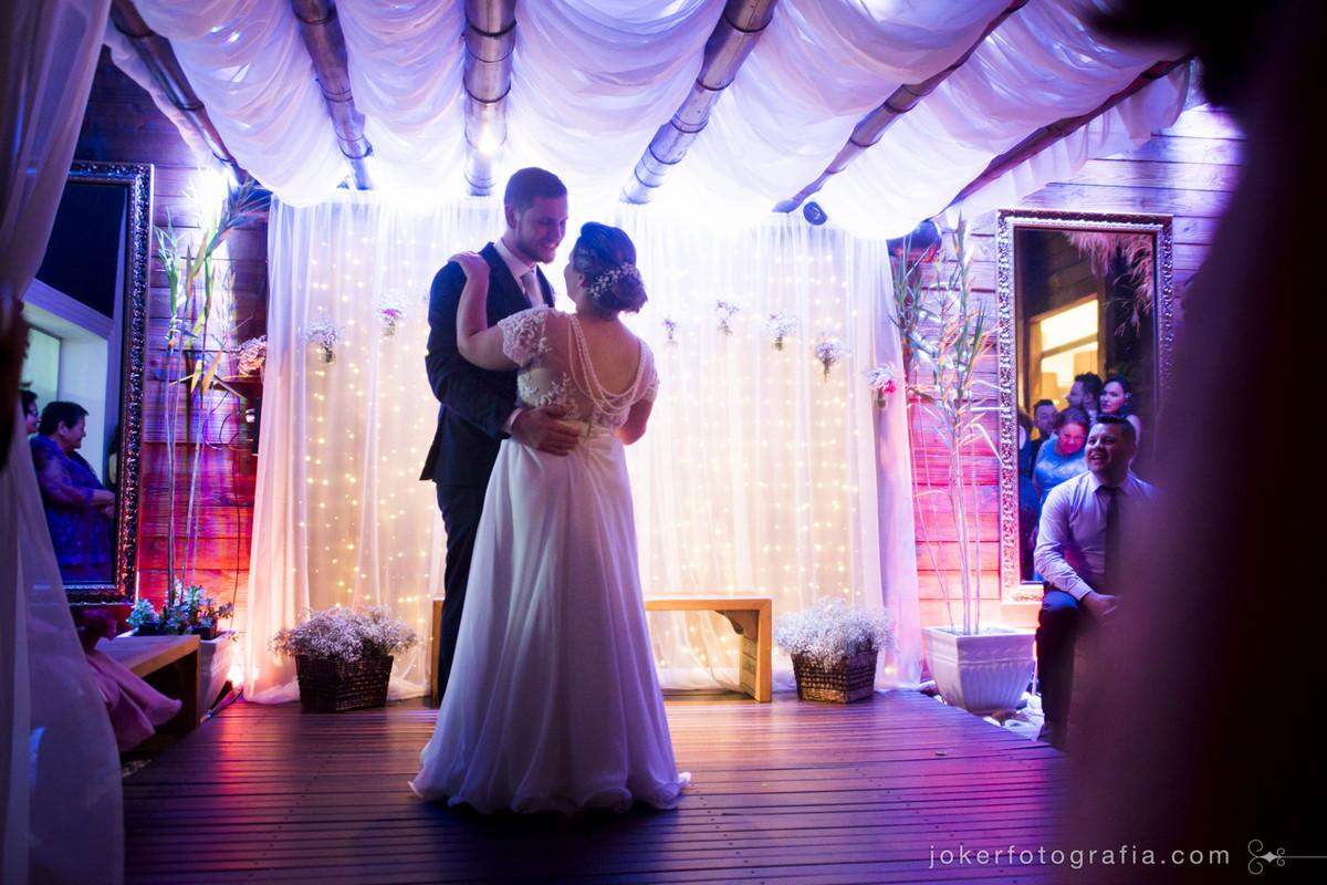 dança dos noivos e pista de dança