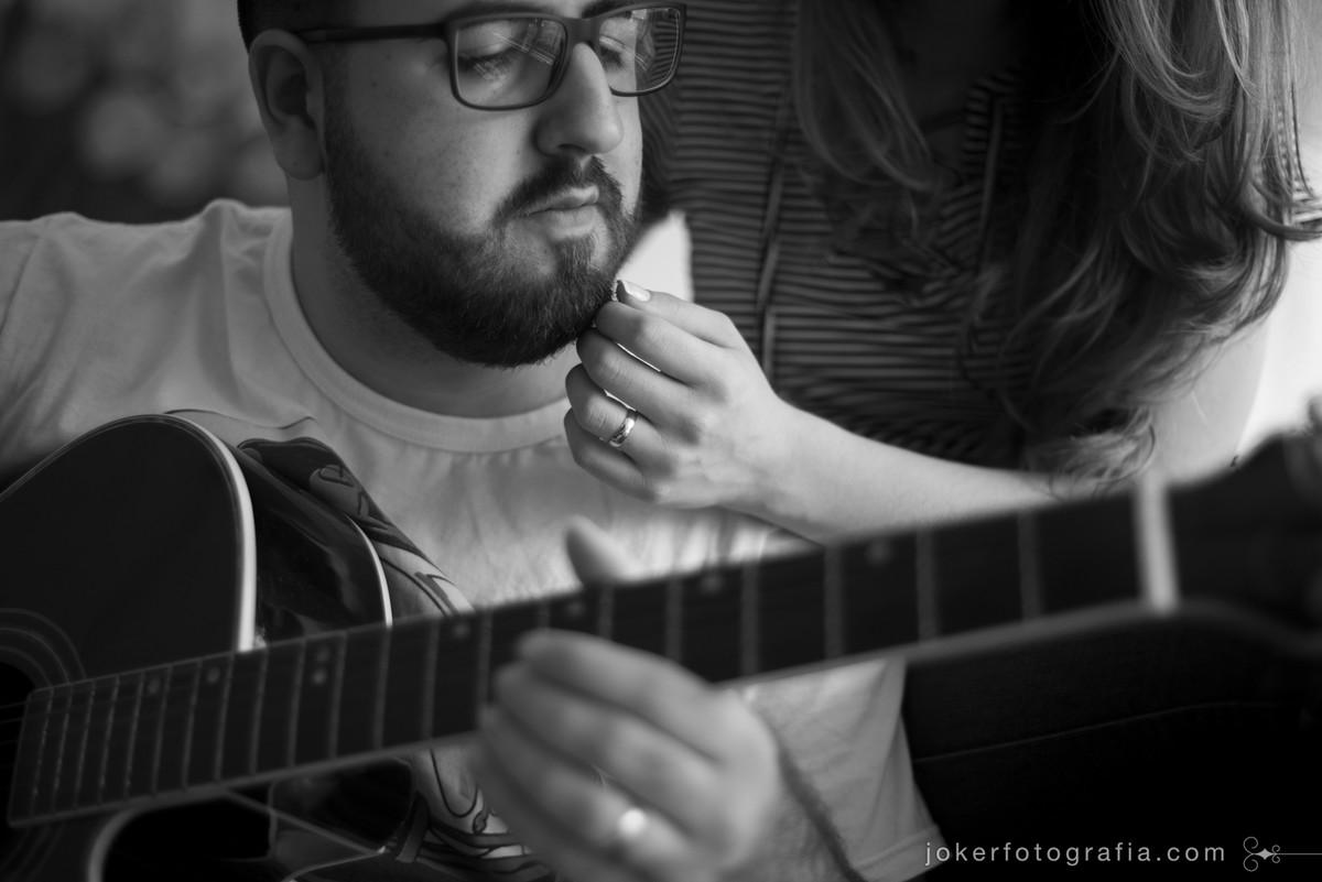 levar o violão para o ensaio fotográfico pre wedding